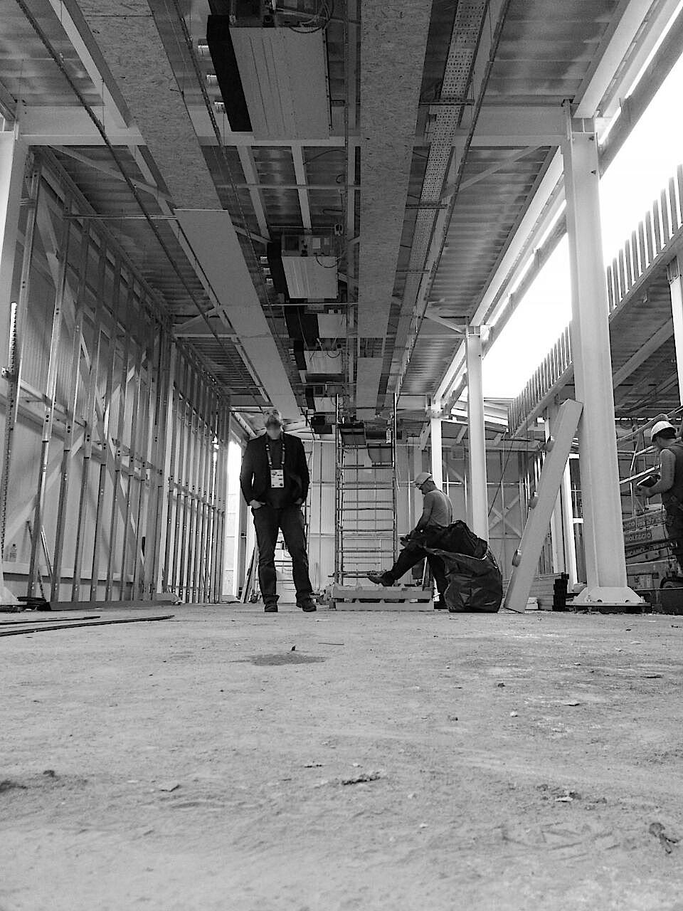 ovs-excelsior-milano-pavilion-backstage-05
