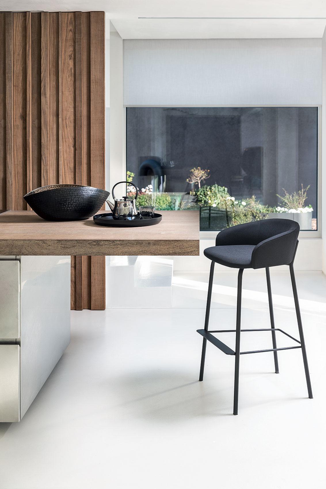 wam2019-stool-02
